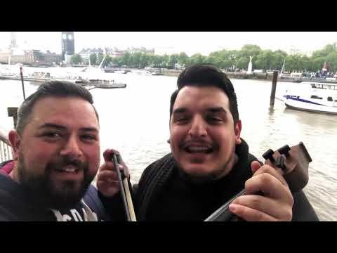 Λονδίνο: Πόντιοι βρίσκουν κλειστό το Μπιγκ Μπεν και… γίνονται viral! (βίντεο)