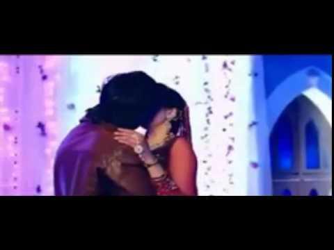 Rakul Preet Singh Kissing Himansh Kohli in 'Yaariyan' Movie