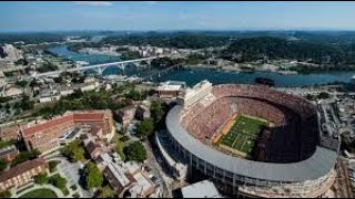 The University of Tennessee is a public research university in Knoxville, Tennessee.
