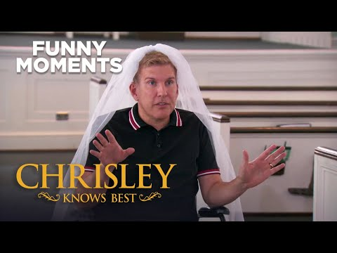 Chrisley Knows Best   Todd Plans Nic And Savannah's Wedding   Funny Moment   S7 E22   on USA Network