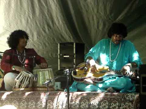 Salil Bhatt and Cassius Khan 2 ( LIVE 2008)