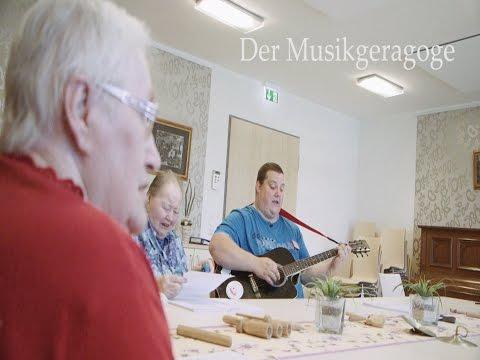 Berufe in der Altenpflege: Der Musikgeragoge