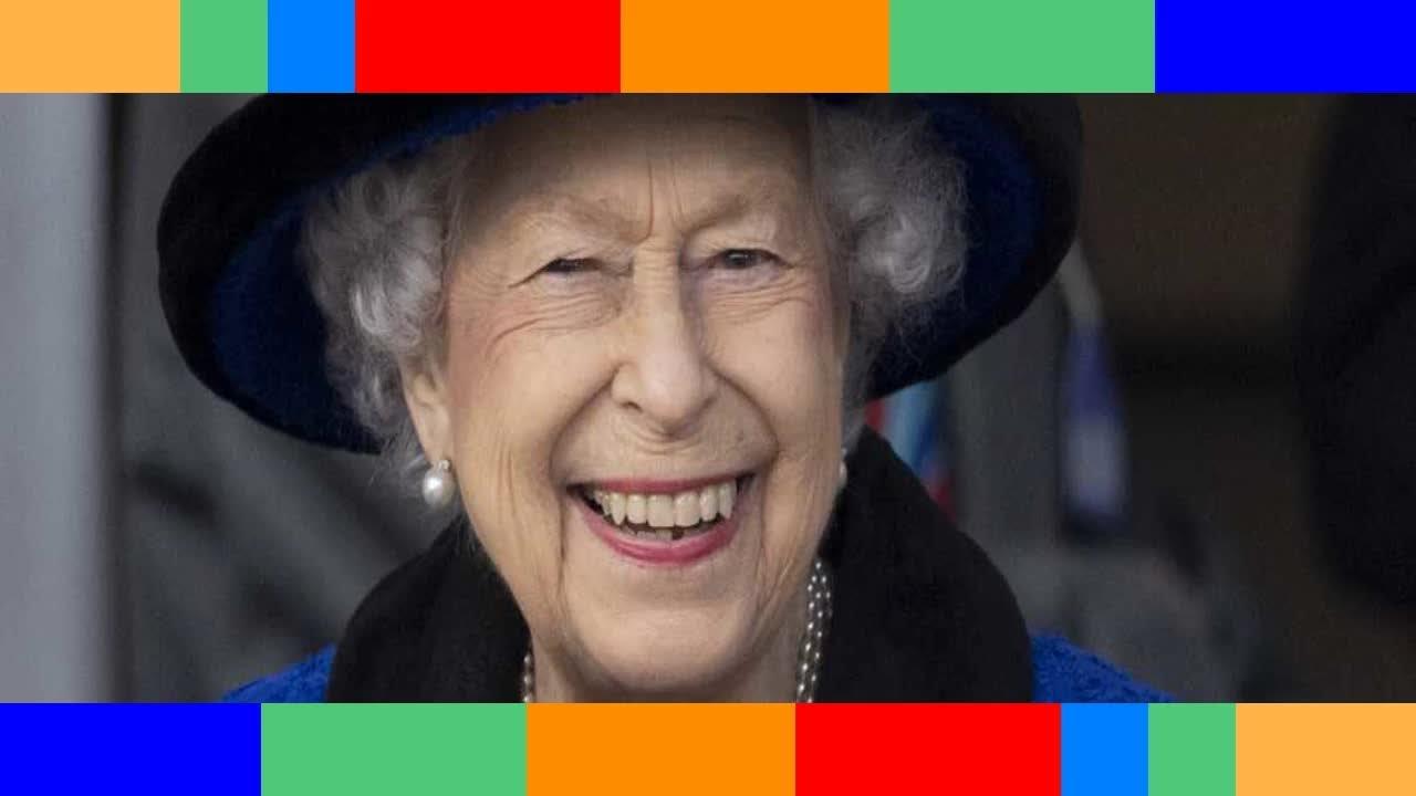 Elizabeth II convalescente le joli geste du prince George et de sa sœur Charlotte