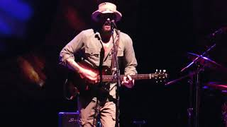 Ray Lamontagne At Metro CU AMP Charlotte, NC, 6-19-18..No Answer Arrives / As Black As Blood Is Blue