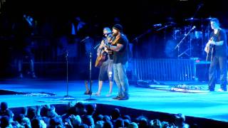 Kenny Chesney ft. Zac Brown Band - Much to young to feel this old (Garth Brooks cover)