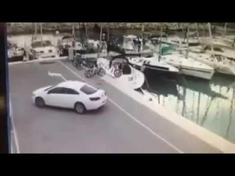 Il sesso su uno yacht con la bellezza