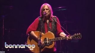 Tom Petty & The Heartbreakers - 'Learning To Fly' | Bonnaroo 2006 | Bonnaroo365
