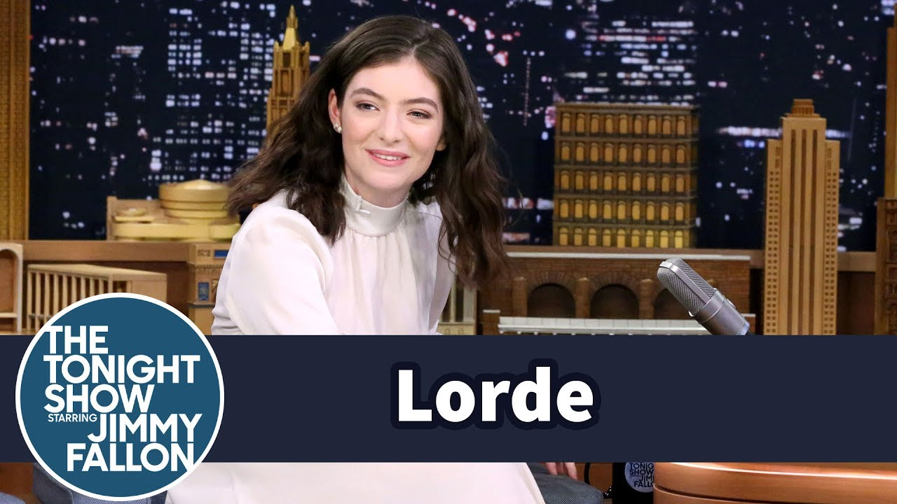 Lorde Reveals Her Secret Instagram Dedicated to Reviewing Onion Rings thumbnail