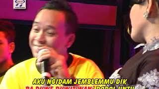 Download lagu Wiwiek Sagita Feat Andre Ngidam Jemblem Mp3