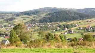 preview picture of video 'Piękna, widokowa i słoneczna działka w górach z lasem na sprzedaż. PILNIE!!!'