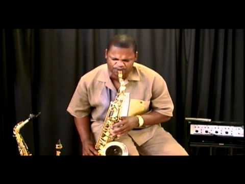 Alvin Turner's Saxophone Pick n Save Performance