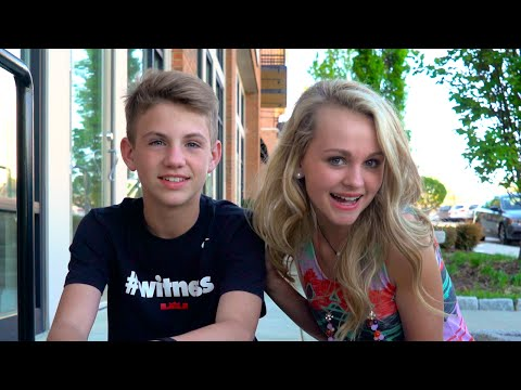 The Popcorn Challenge!  (MattyBRaps vs Ivey)