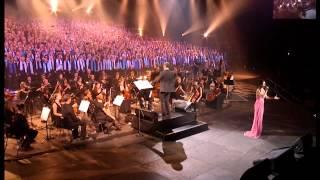 Don't cry for me Argentina - Tina Arena et les 2000 choristes - Amnéville (10/2011)