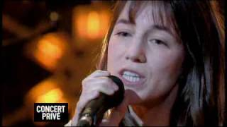 Charlotte Gainsbourg sings live Heaven Can Wait - concert prive for Canal+