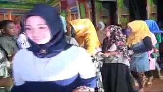 Gambar cover Rukun Famili _ Temangan Penganten [Official Video]