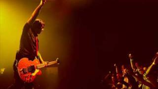 Feeder - Call out (Live on XFM June 2010).wmv