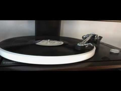 Rega P25 Plays Succotash by Herbie Hancock on Blue Note Record