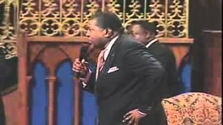 IN CHURCH MAN FALLS DEAD/ RAISED BY THE POWER OF GOD