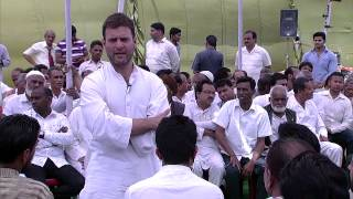 Rahul Gandhi's interaction with Artisans & Crafts Labourers at Moradabad on March 29, 2014
