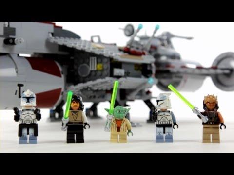 Vidéo LEGO Star Wars 7964 : Republic Frigate