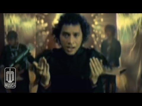 Nidji   dosakah aku  official music video