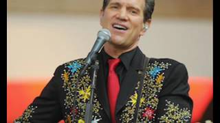 "Chris Isaak ""Can't Do A Thing (To Stop Me)"""