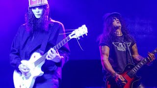 Slash vs Buckethead Video