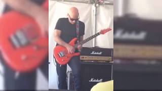 Joe Satriani - Amazing Guitar Solo