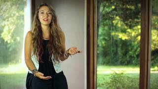 """Lauren Daigle's Story Behind the Song """"How Can It Be"""""""