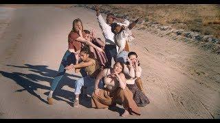 Sylvan Esso - PARAD(w/m)E [OFFICIAL VIDEO]