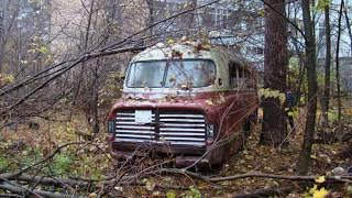 В лесу найден редкий Икарус 256 , Ikarus 55. Шоу Retro bus. Советские автобусы. 5 серия.