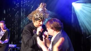 """Jack Black Joins Boy George onstage during Culture Club Concert to sing Bowie's """"Star Man"""" 7/23/15"""