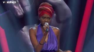 "Aida Sock Chante ""I'm In Love With You"" Auditions à L'aveugle 