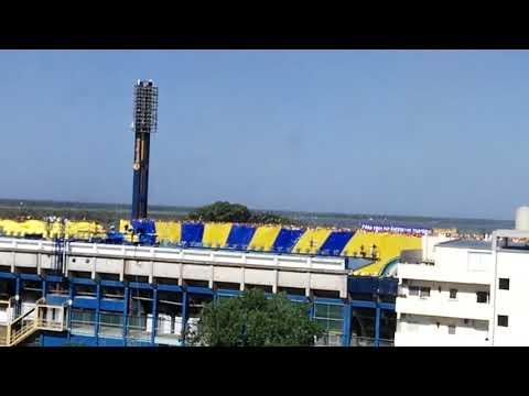 """""""Rosario Central vs NOBoy. 10/12/2017 Impresionante recibimiento, Bandera Gigante"""" Barra: Los Guerreros • Club: Rosario Central"""