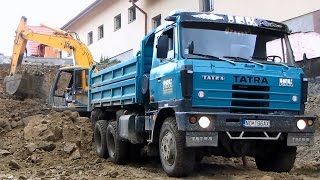 JCB JS200 - Nakladanie Na Tatru