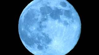 Blue Moon - Nikon P900