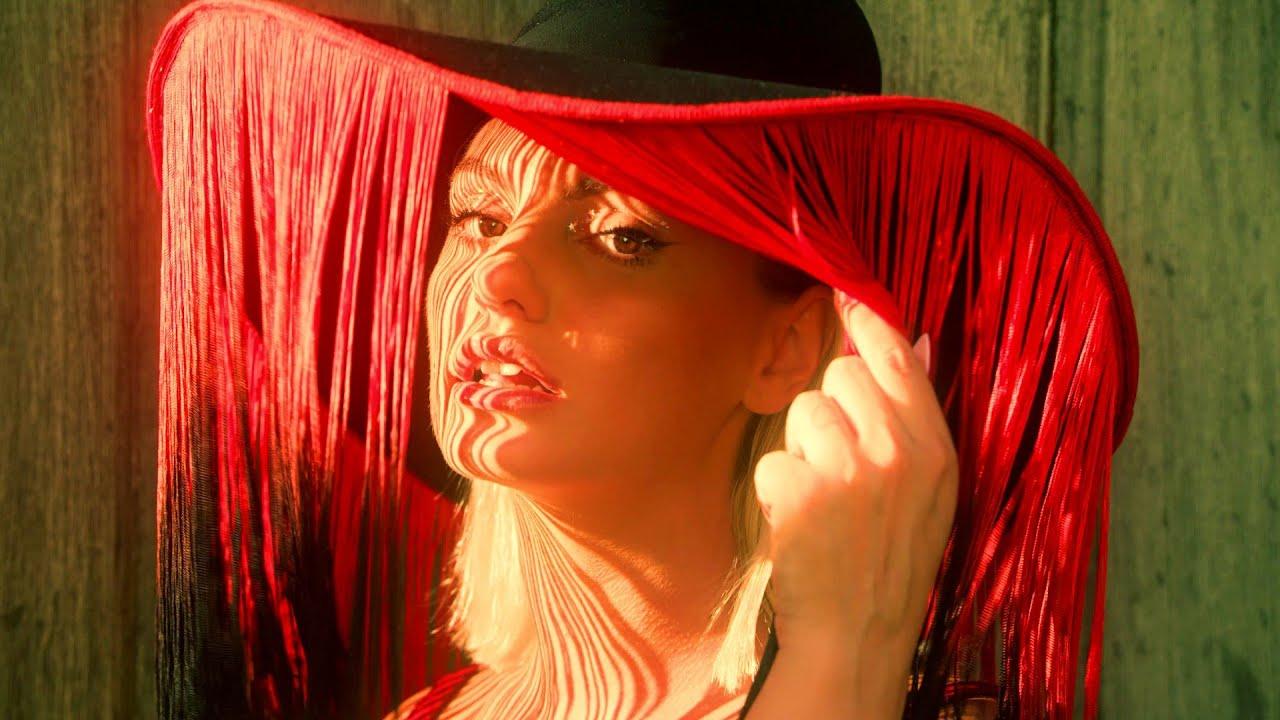 Paul Damixie ft. Alexandra Stan — Bandit