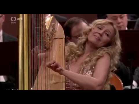 JANA BOUŠKOVÁ & ANDREA RYSOVA play W.A.MOZART Flute and Harp Concerto 2.movement