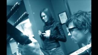 Juliana Hatfield - Do I Wait (Ryan Adams Cover)