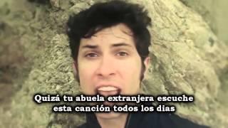 Gambar cover dramatic song - Toby Turner en español