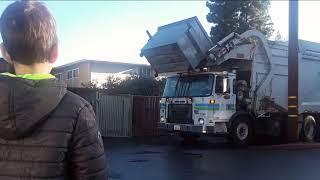 Мусоровоз \ Garbage truck
