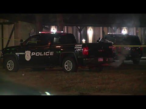 Warren police shoot burglary suspect