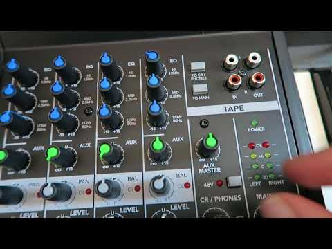 A nice little mixer for your DAW / Amiga – Mackie Mix 8?