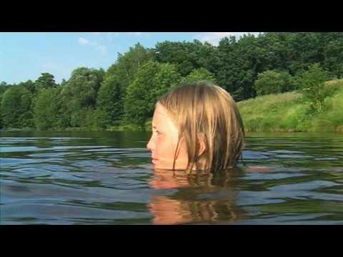 「湖で、二人の子供」 - エリック・レーマンによるショートフィルム[8:31x360p]