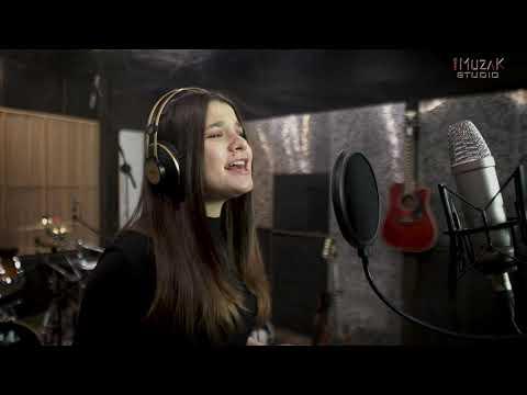 Wideo1: Anna Prałat wykonaniem tej piosenki zdobyła Grand Prix na festiwalu Viva la Musica