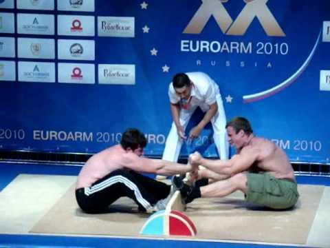 Презентация мас-рестлинга на чемпионате Европы по армспорту