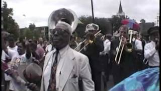 Jazz Funeral of Percy Humphrey, New Orleans July 1995