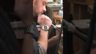 Watch Our #JewelryRepairExpert Wilson #ResizingARing #bySolderingtheRing @ +Repair Palace Leominster