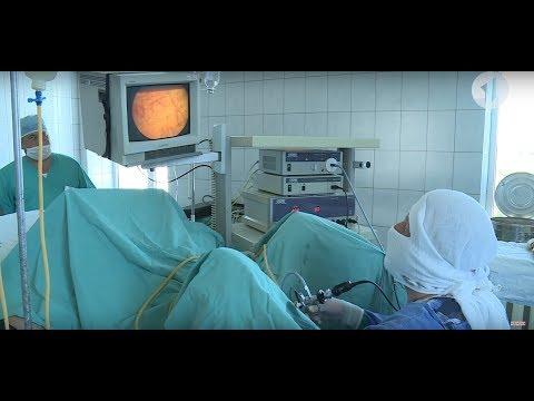 Руската жена, съпруга масажира простатата