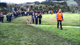 preview picture of video '2013 New Zealand Secondary Schools Cross Country Championships-Senior Girls Race'